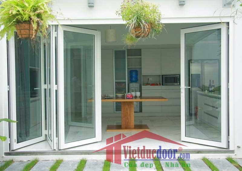 cua-nhua-gia-go-Y@Door-1-min